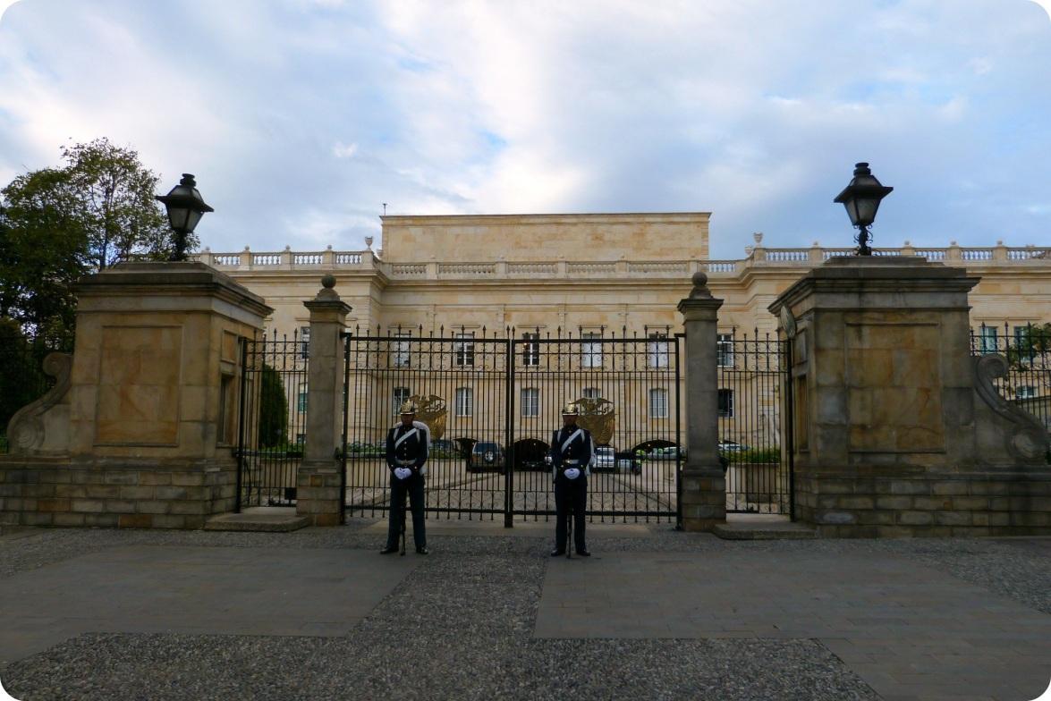 Gardes Capitolio nacional Bogotá Colombia